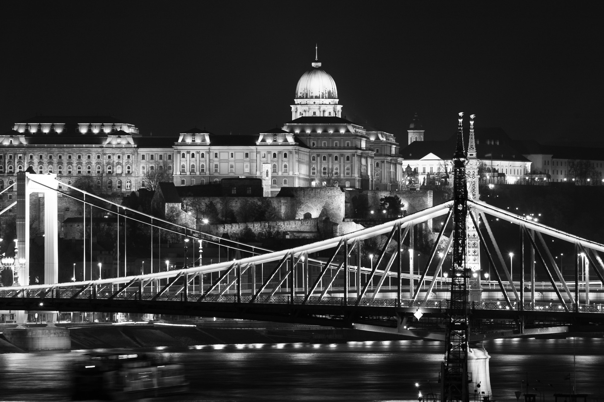 Photograph Buda Castle by Ingo Scholtes on 500px