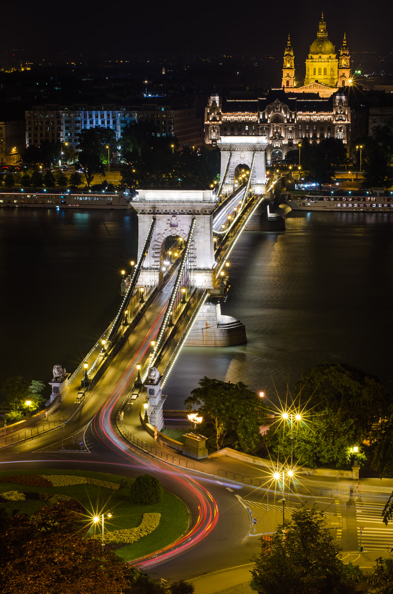Photograph Chain Bridge by Ingo Scholtes on 500px