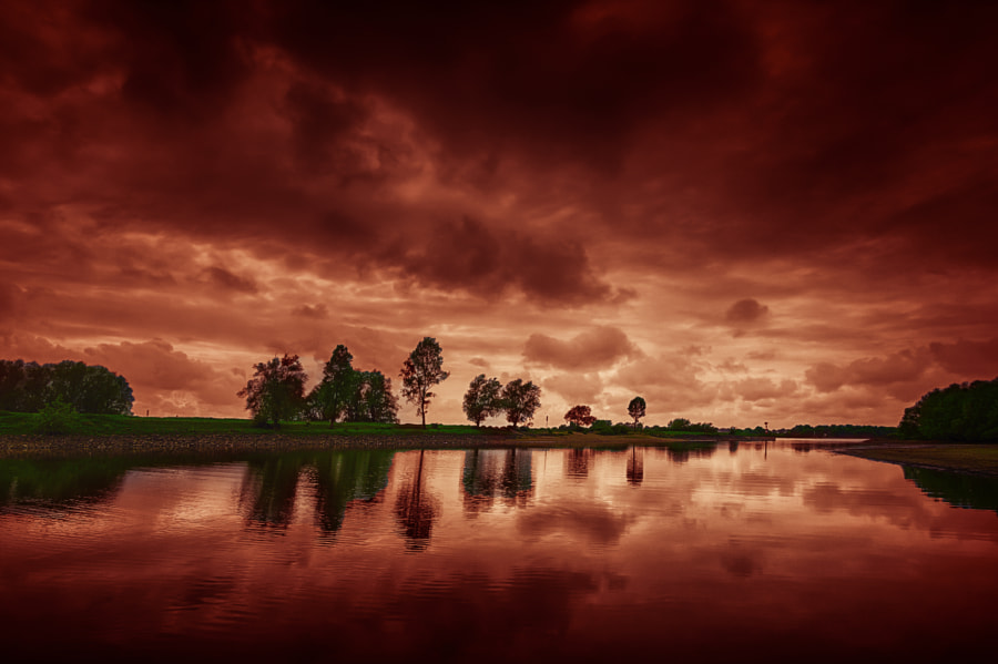 Red sky over the Rhine