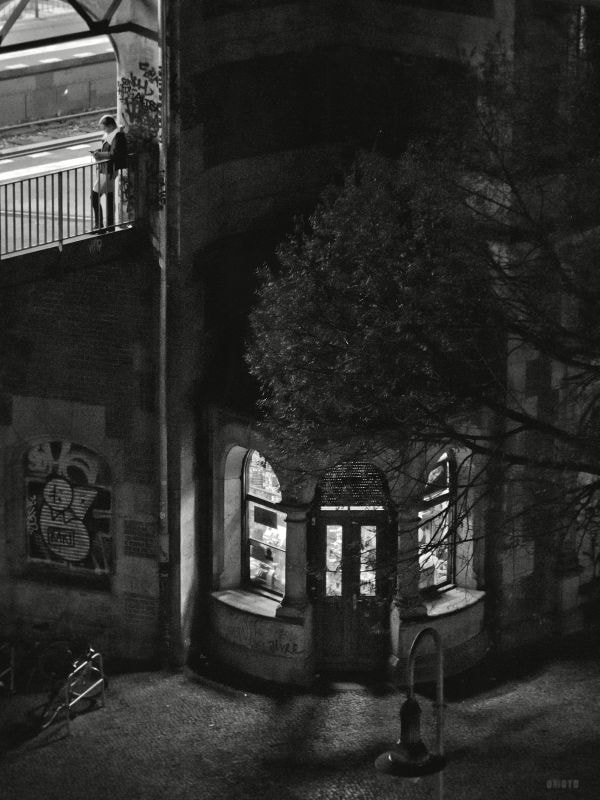 """A woman is waiting for the subway at Schlesisches Tor station, Berlin  <a href=""""http://nightgrain.tumblr.com/"""">Photoblog</a>"""