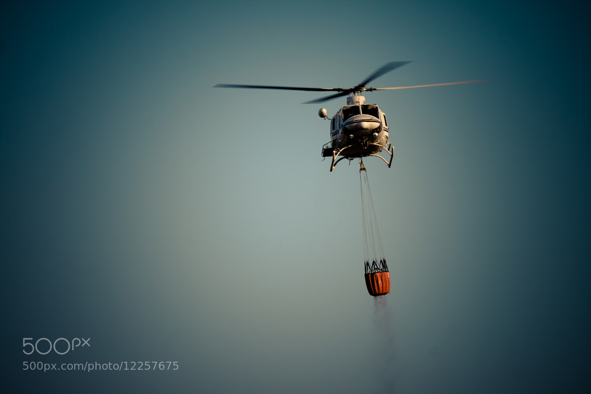 Photograph Helicóptero anti-incendios by Javier Martínez de la Puente on 500px