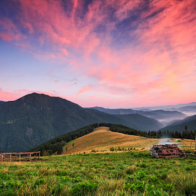 Sunrise clouds and fog over Carpathians hills by Sergiy Trofimov (sergeyit)) on 500px.com