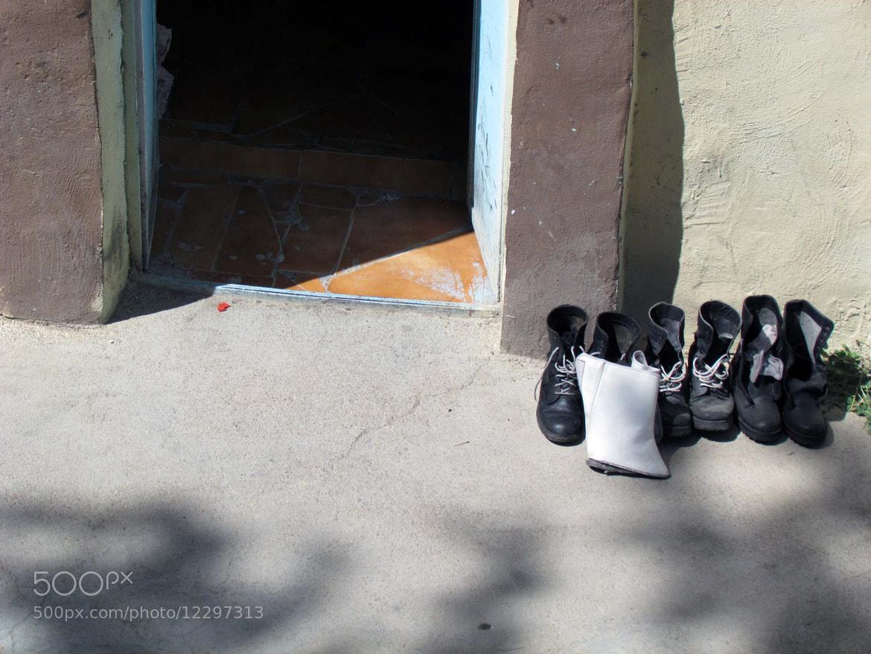 Photograph Room  by Sobhan Farajvan on 500px
