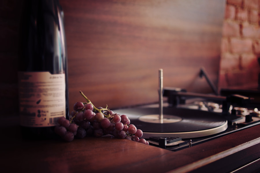 Vintage Hifi Stereo with Wine by Laurence Smink on 500px.com