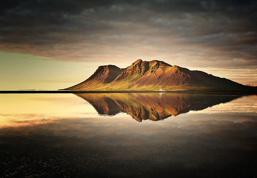 Perfect Reflection by Carsten Meyerdierks on 500px.com