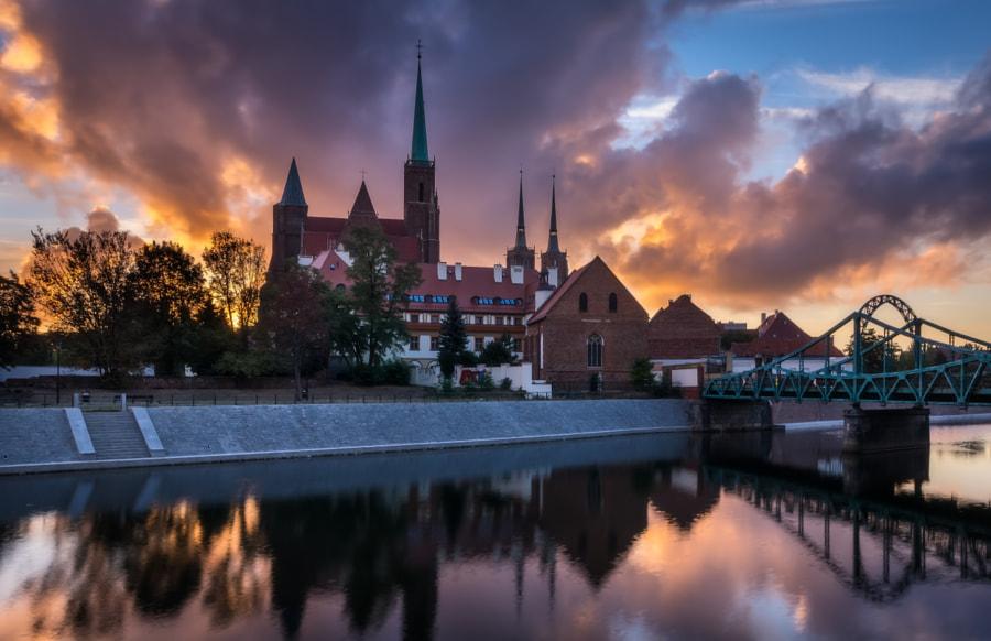 Fiery dawn in Wroclaw