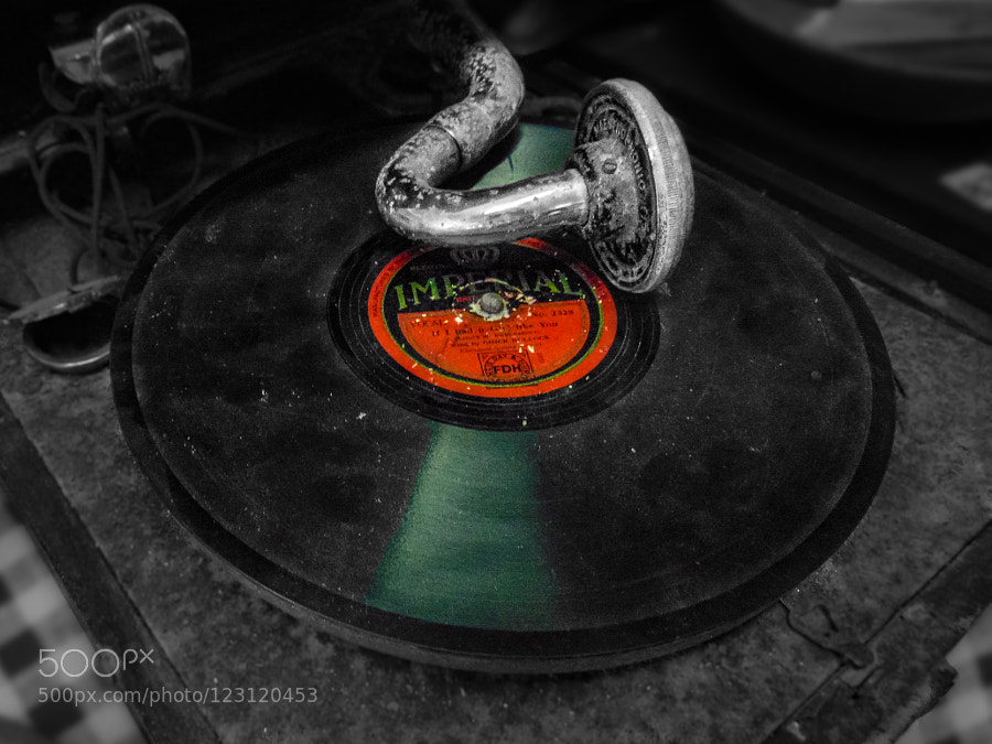 Dirty Gramophone by FelikssVeilands