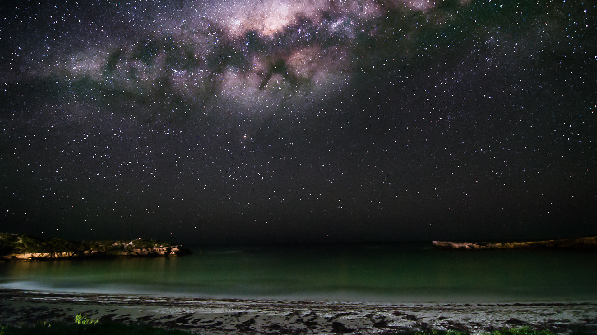 Photograph The Milky Way sets over Dynamite Bay in Greenhead, Western Australia by Rahi Varsani on 500px