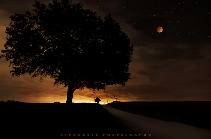 Supermoon Eclipse - Colombia MO by Aitor RoGo on 500px.com