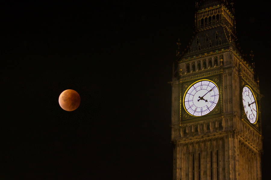 Photograph Supermoon in London by Sal Alexander on 500px