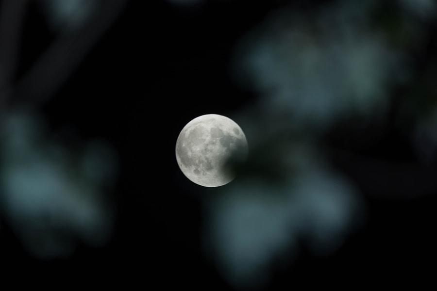 Super Moon, Pre-Lunar Eclipse Sept 27 2015 2