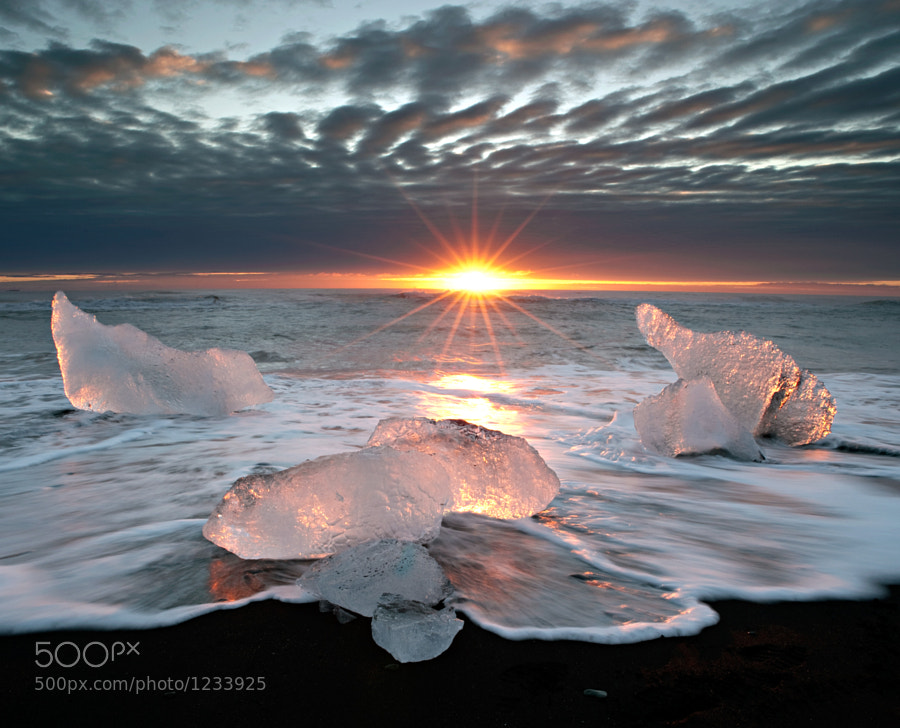 Photograph Jökulsárlón Iceberg Beach by Aaron Bennett on 500px