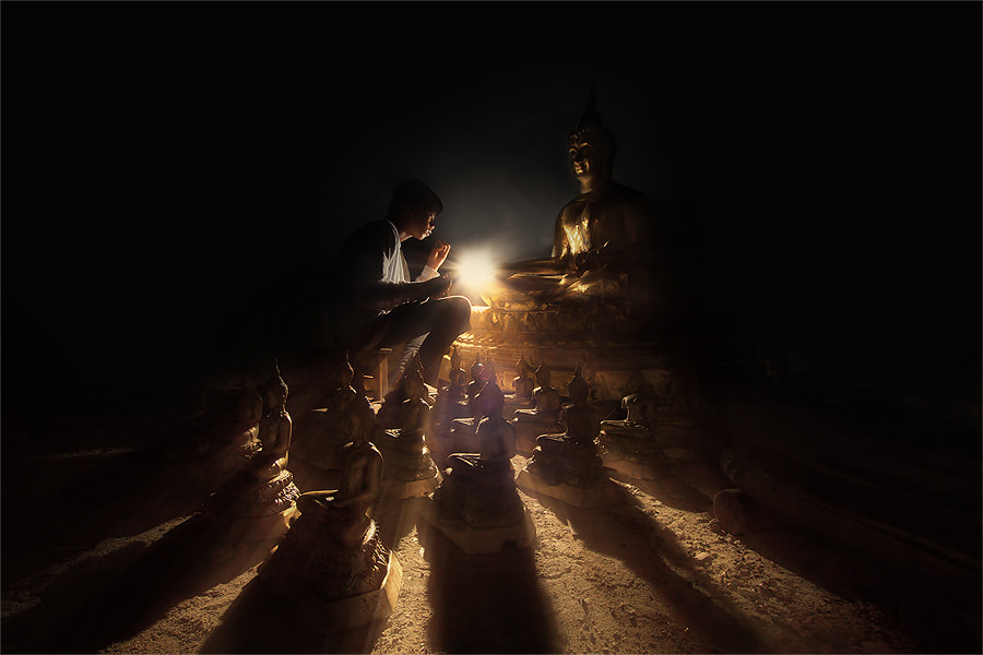 Photograph light of buddha by jeerasak Chaisongmuang on 500px