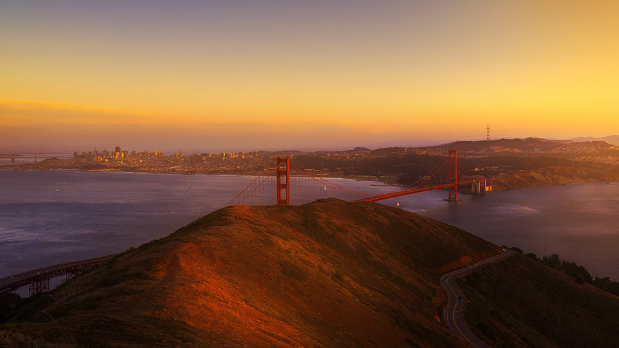 Photograph Golden gate Obsession by Himadri & Chandrani on 500px