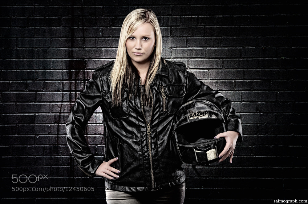 Photograph WALL PORTRAIT by Simon Geis on 500px