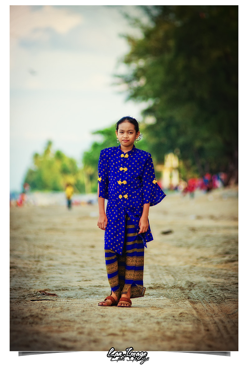 Photograph Kid in Kebaya by Azlan Mohamad on 500px