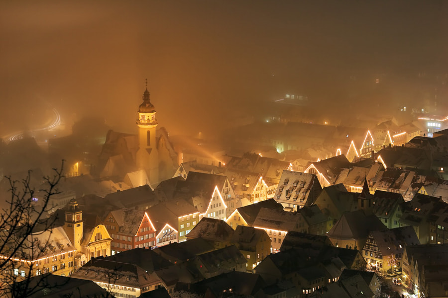 Photograph Lights in the fog by Robin Holler on 500px