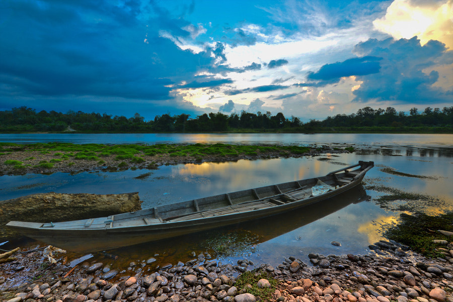 Photograph The long boat by Arief Wardhana on 500px