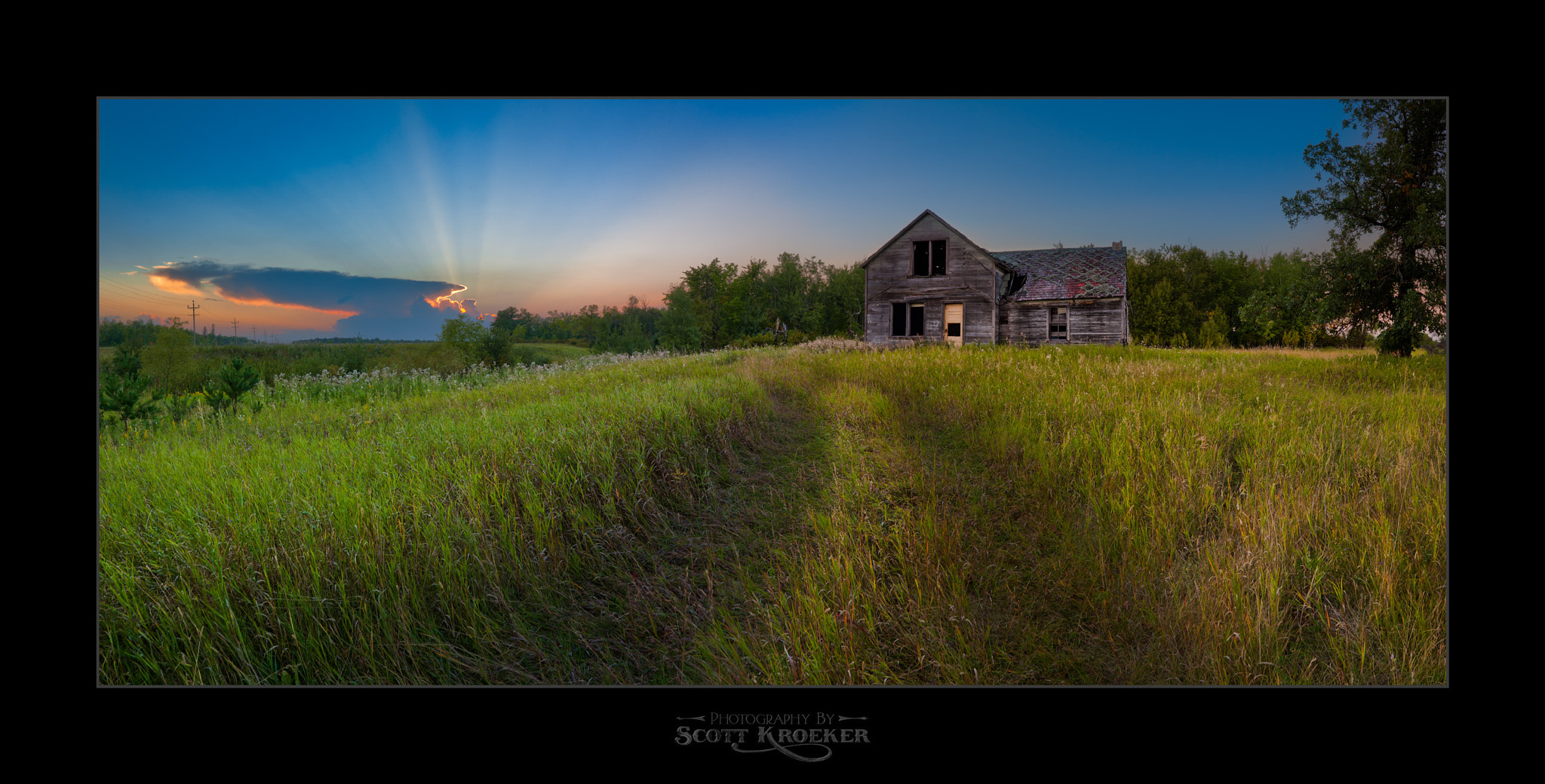 Photograph Old House on the Hill by Scott Kroeker on 500px