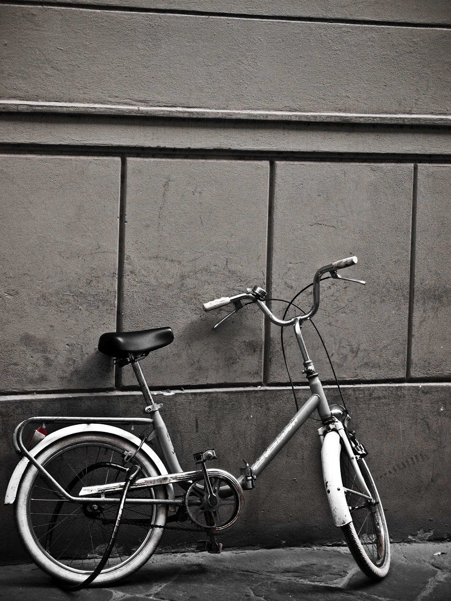 Photograph Bicycle in Lucca by Stuart Crawford on 500px