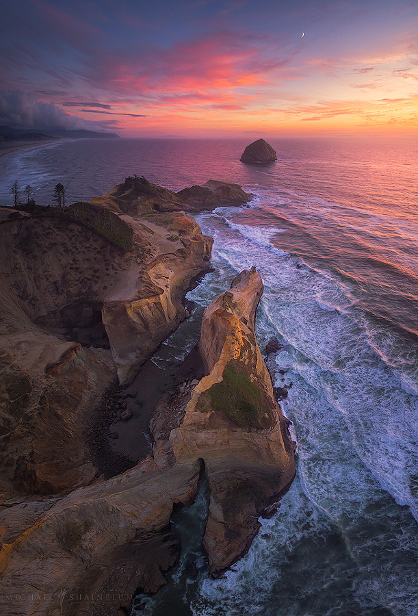 Above Kiwanda by Michael Shainblum on 500px.com