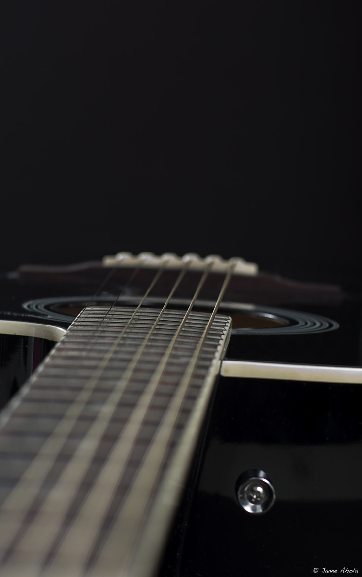 Photograph play those lower strings by Jne Valokuvaus  on 500px