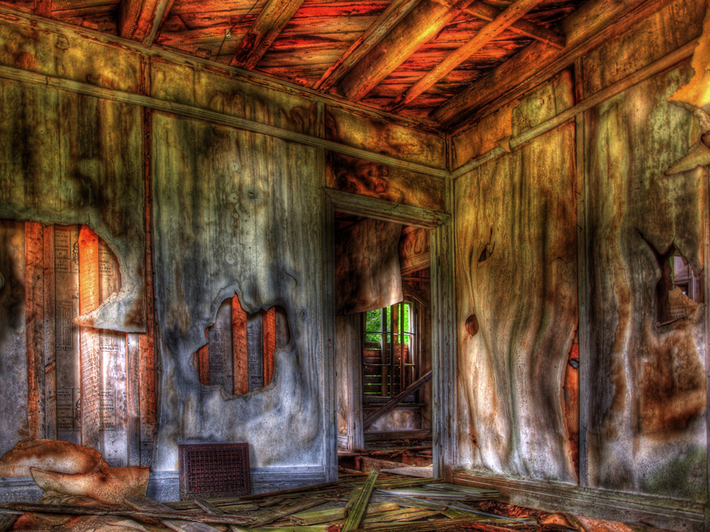 Photograph Abandoned by Johanne Dauphinais on 500px