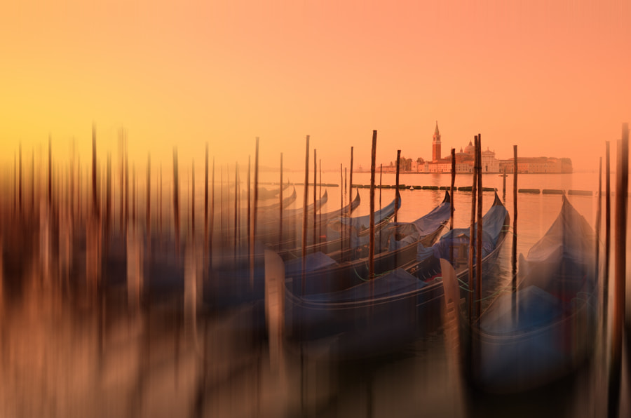 Venetian Abstract by Csilla Zelko on 500px.com