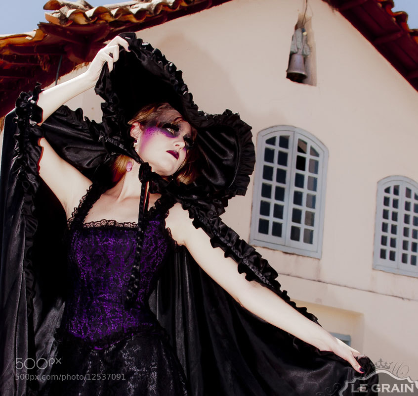 Photograph Purple by Maquiagem Profissional Minas Gerais on 500px