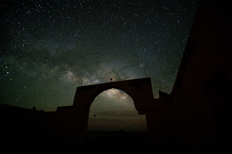 Photograph Two arches in the night by Miquel J. on 500px
