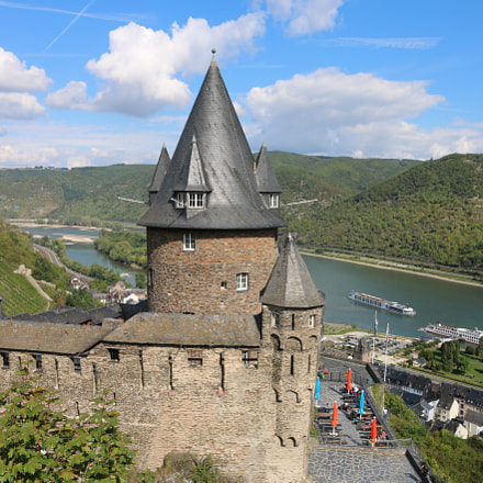 Castle Stahleck and the Rhine