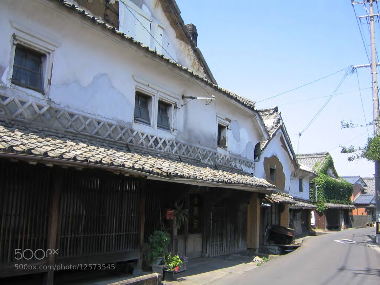 Photograph Hamasyuku – the Sake Breweries Street by Minako Shoh on 500px