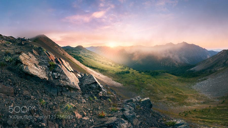 Rising sun on Slate Peak