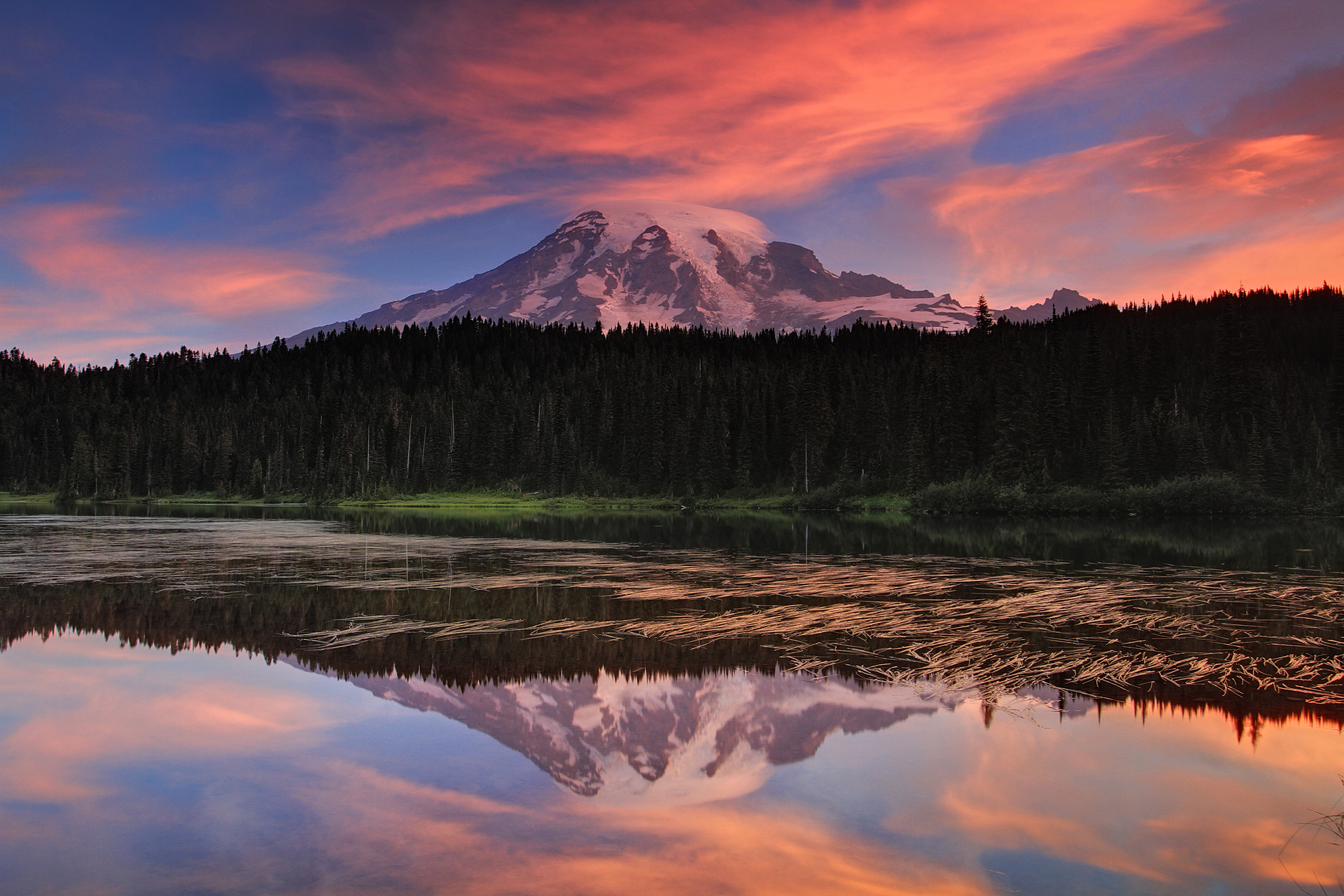 Photograph Mount Rainier reflection by Xavier Cohen on 500px
