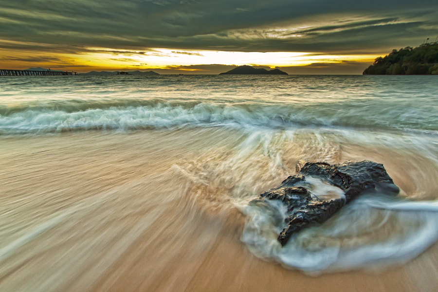 Photograph Down by Octa Parrimpasa on 500px