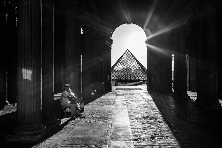Photograph Musicien at Louvre by WENPENG LU on 500px