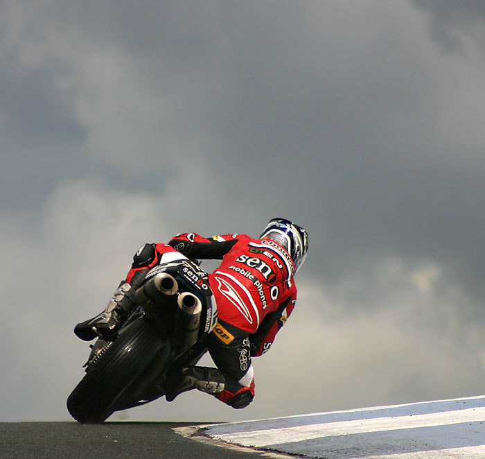 Photograph Sendo Ducati @ Knockhill 2004 by Craig Watson on 500px