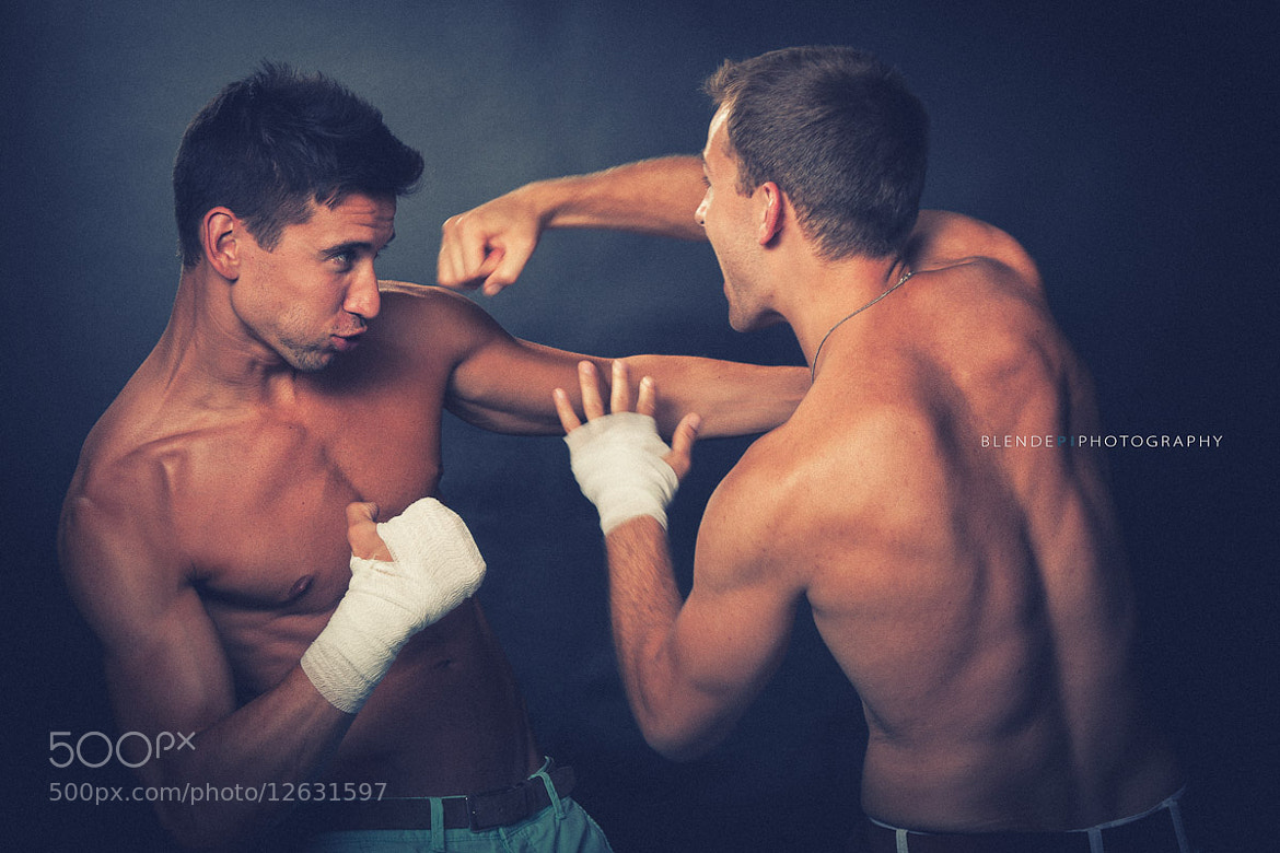Photograph Boxing by Hans-Peter Jakob on 500px