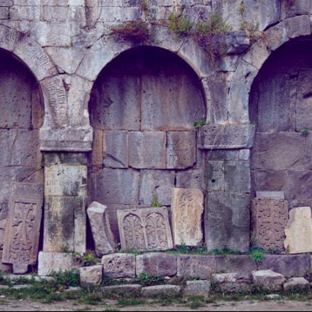 9th Century Arcs