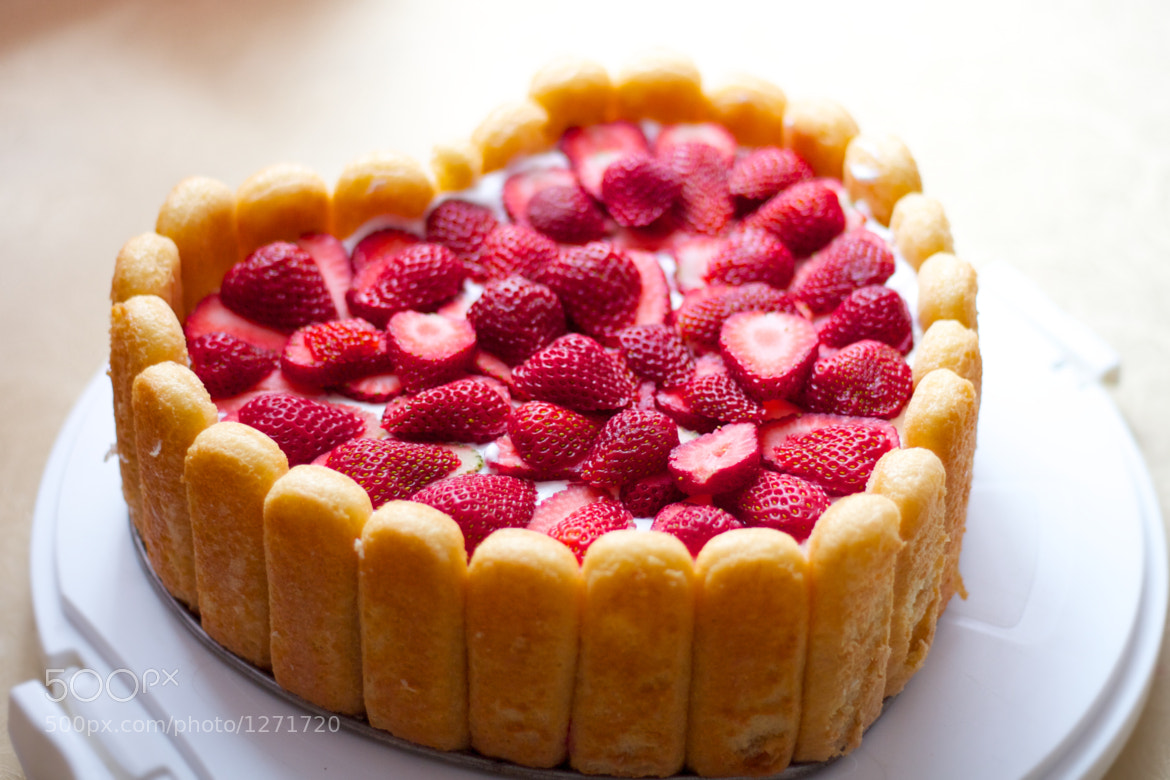 Photograph Strawberry cake by Darko Kontin on 500px