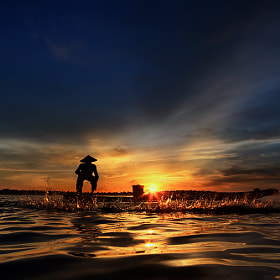 Fisherman by Saravut Whanset (SaravutWhanset)) on 500px.com