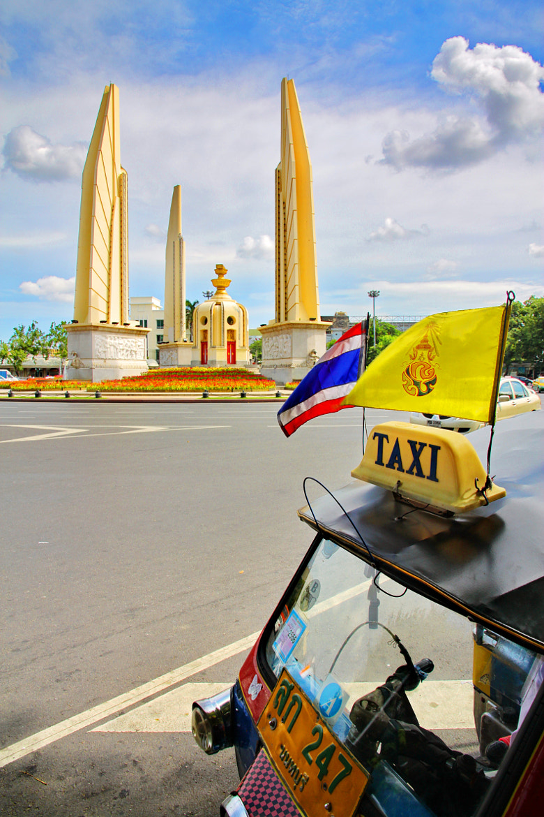 Photograph THAI TAXI  by SIAM SNAP veerapon on 500px