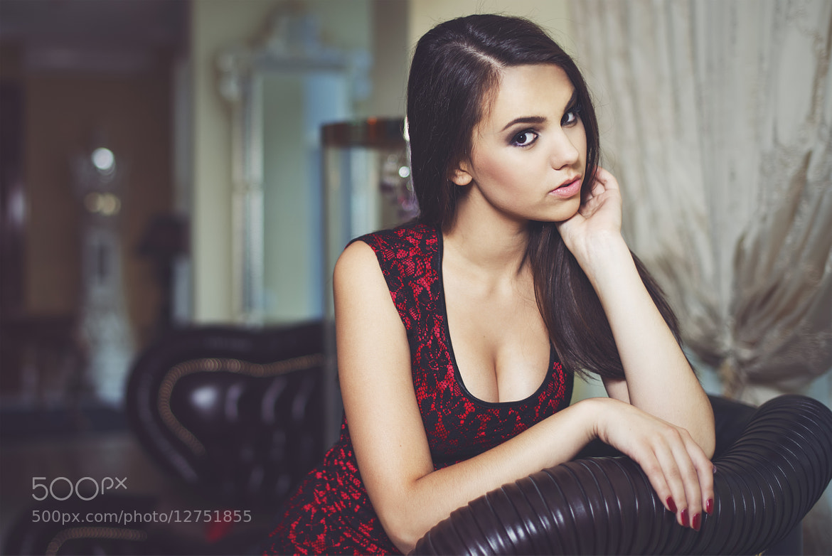 Photograph Fashion portrait of a luxurious woman  by Julia Sariy on 500px