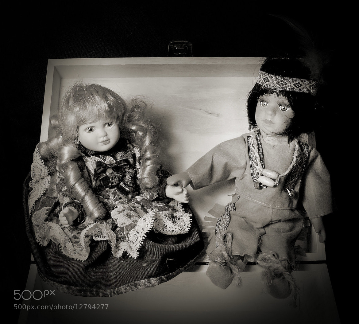 Photograph The Dolls Box by Analua Zoé on 500px