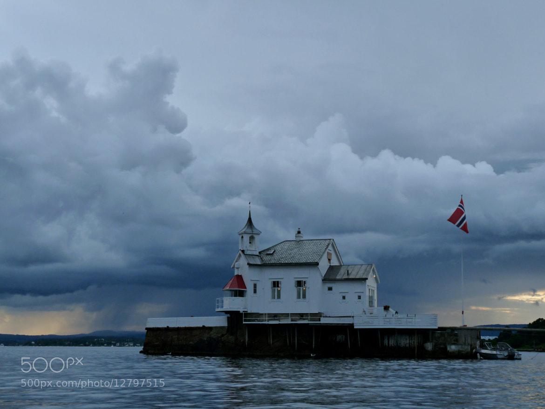 Photograph Rain approaching by Päivi Kaarina on 500px