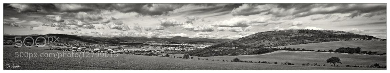 Photograph Le Puy de Dôme dans les nuages by Damien De Assunção on 500px