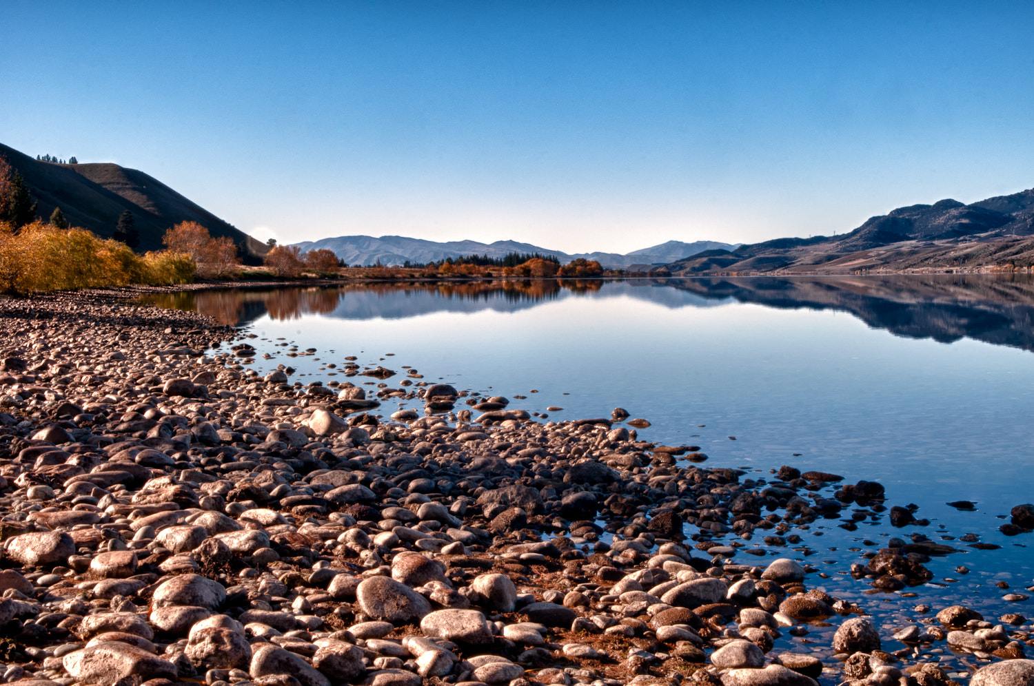 Photograph Lake Dunstan by Martin Tyler on 500px