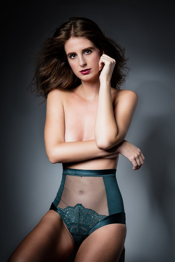 Dessous by Stella Garber 2
