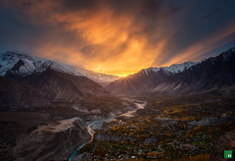 Before the Last Sun Sets by Hasaan Fazal on 500px.com