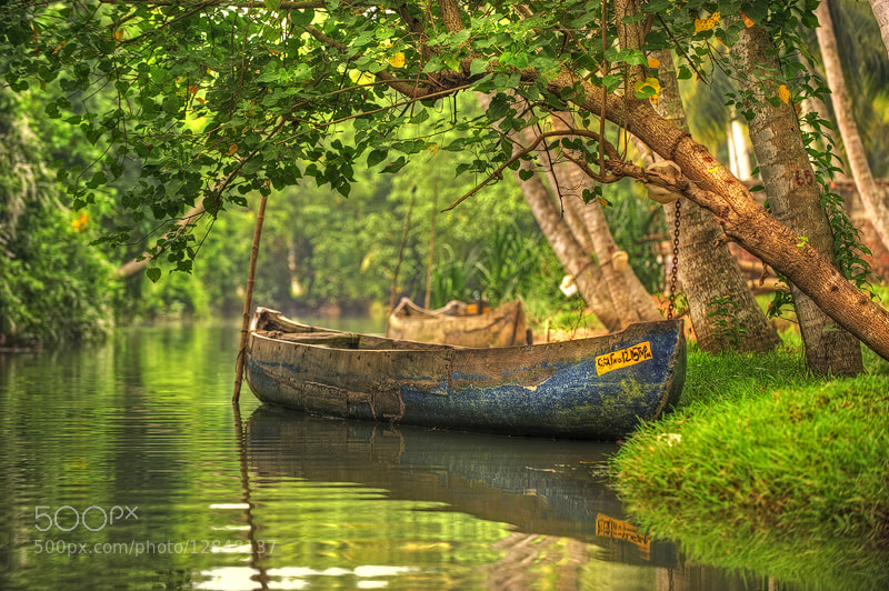 Photograph River boat by Nasser  AlOthman on 500px